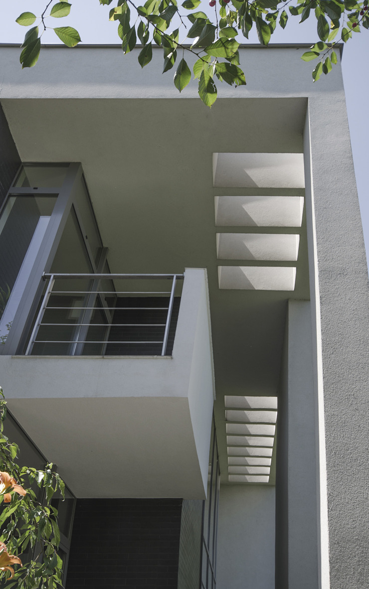 DETAL STROP Nowoczesny balkon, taras i weranda od PAWEL LIS ARCHITEKCI Nowoczesny