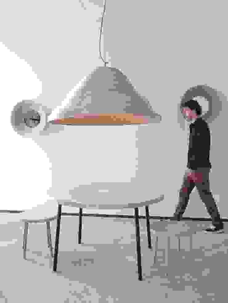 Twisted Light Inside Design IJburg: modern  door Studio Erwin Zwiers, Modern