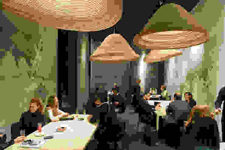 Twisted Light Poliform stand Salone Del Mobile 2012 Moderne congrescentra van Studio Erwin Zwiers Modern