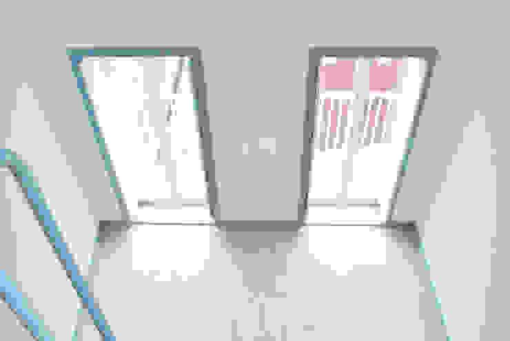 ห้องนั่งเล่น by Estudio de Arquitectura Sra.Farnsworth