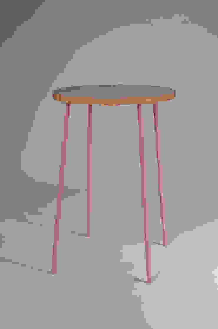 Twisted Tables Moderne congrescentra van Studio Erwin Zwiers Modern