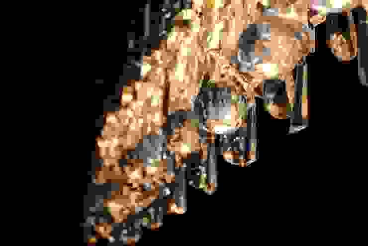 Lampadario Chandelier in chiave moderna di Home & Hotel Staging Classico