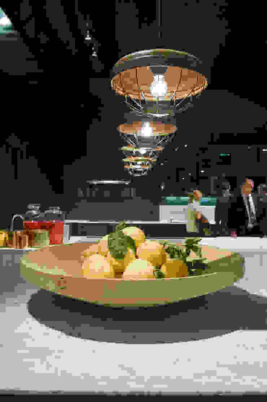 Twisted Bowl Poliform stand Salone Del Mobile 2012 Moderne kantoorgebouwen van Studio Erwin Zwiers Modern
