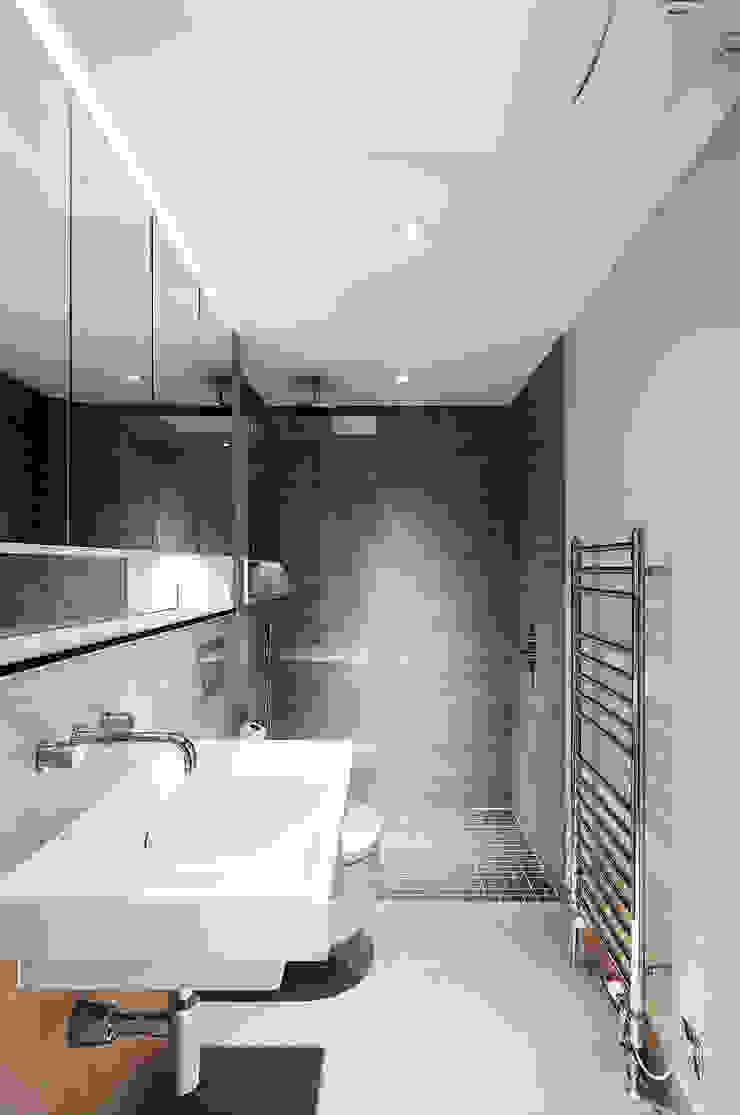 122 Harley Street Sonnemann Toon Architects Nowoczesna łazienka