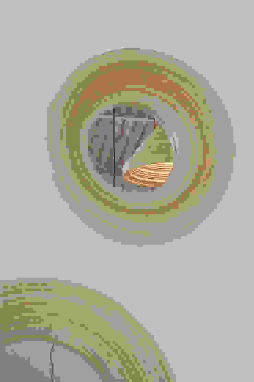 Twisted Mirror Moderne hotels van Studio Erwin Zwiers Modern