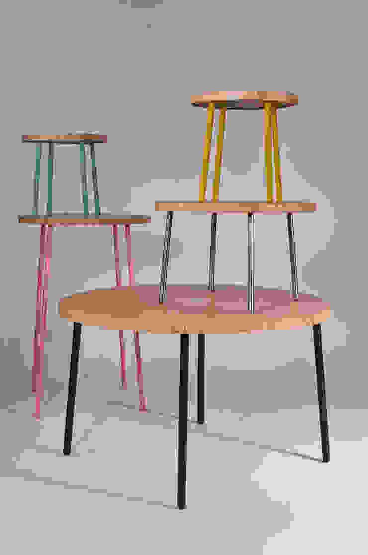 Twisted Table Moderne eetkamers van Studio Erwin Zwiers Modern