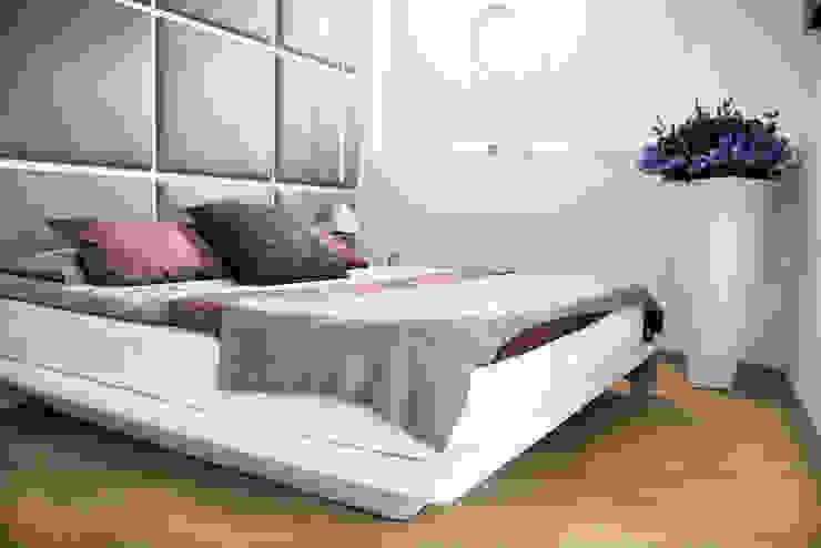 """la camera """"navale"""" Camera da letto moderna di studio di progettazioni DARCHIMIRE Moderno"""