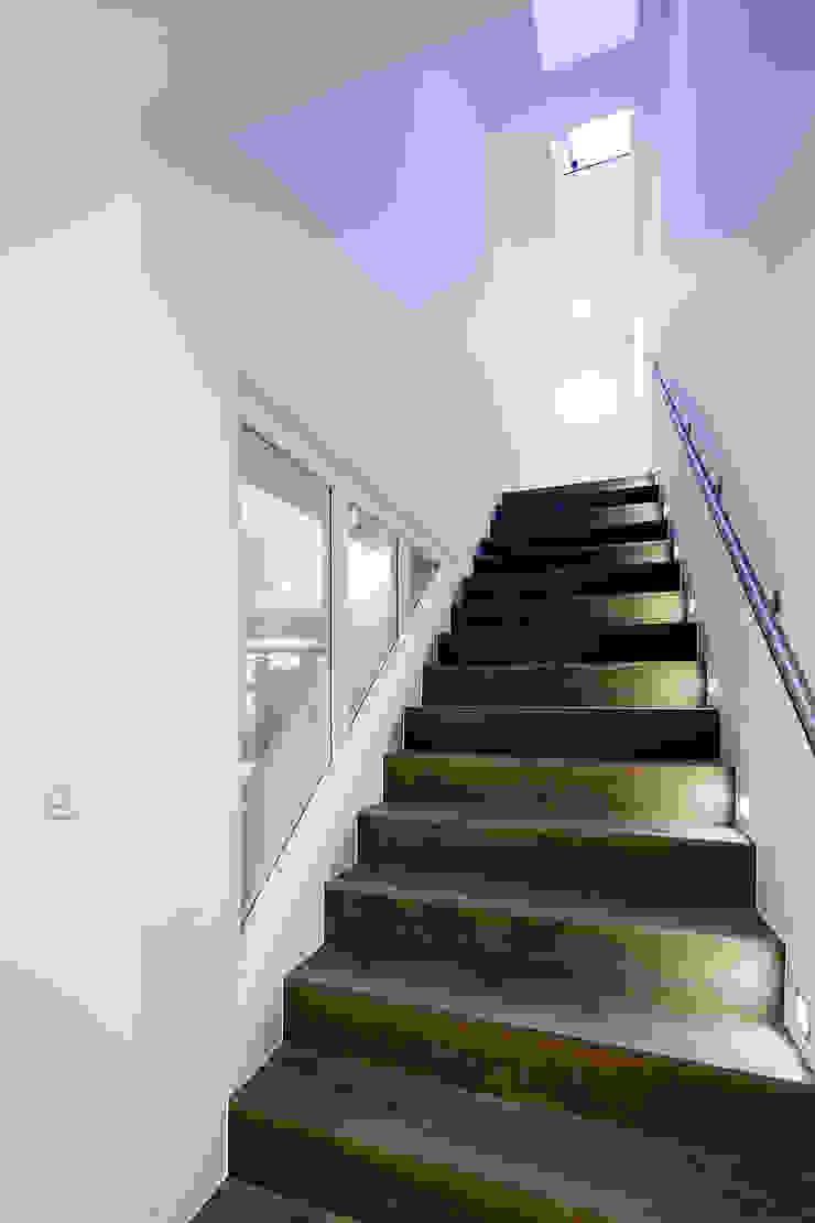 122 Harley Street Sonnemann Toon Architects Korytarz, hol i schodySchody