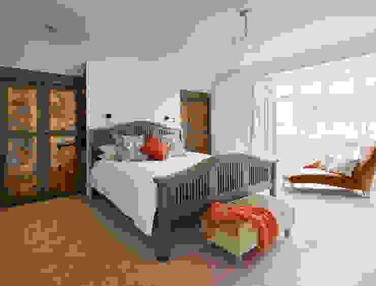 Bedroom - bespoke cabinetry Klasik Yatak Odası ZazuDesigns Klasik