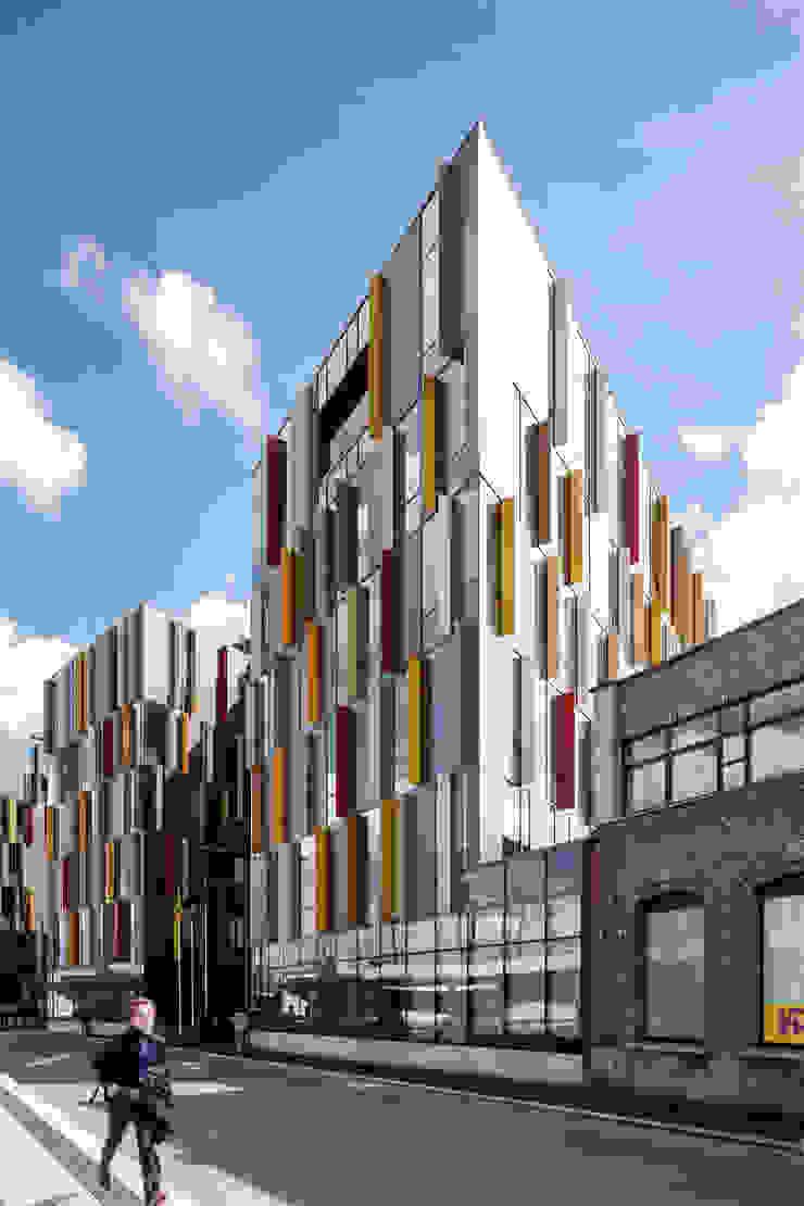 Modern office buildings by Abscis Architecten bvba Modern