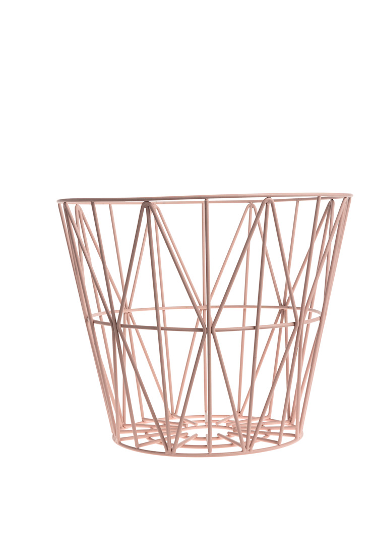 Wire Basket Rose: modern  by Edited, Modern