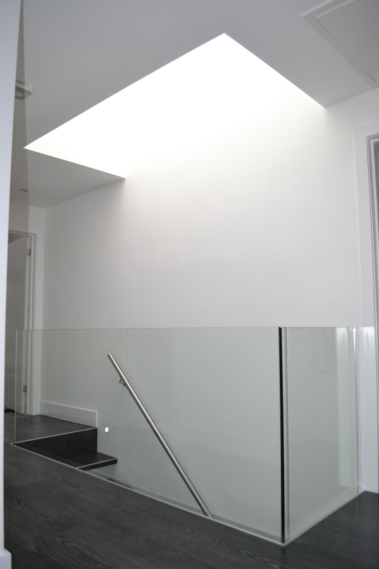 Glass Balustrade And Roof Light - As Built Modern corridor, hallway & stairs by Arc 3 Architects & Chartered Surveyors Modern