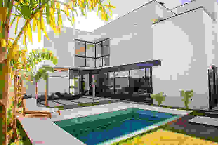 Дома в стиле минимализм от HAUS Минимализм