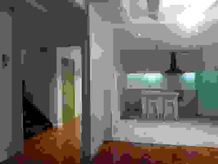 Cocina Cocinas de estilo rústico de RODEK arquitectura interior Rústico