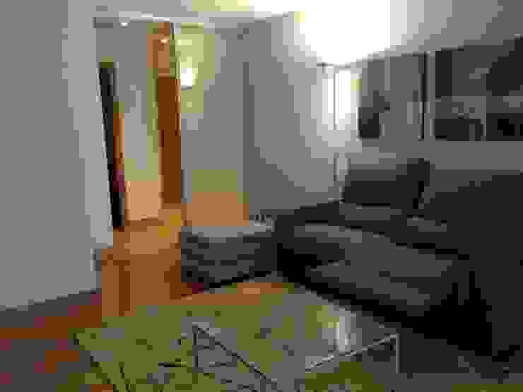 Estar Salones de estilo moderno de RODEK arquitectura interior Moderno