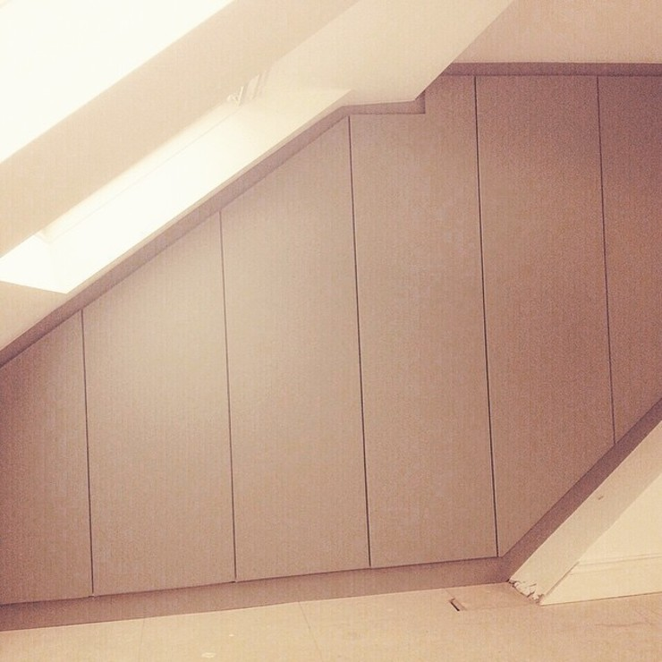 modern  by Smiths fitted wardrobes Ltd, Modern