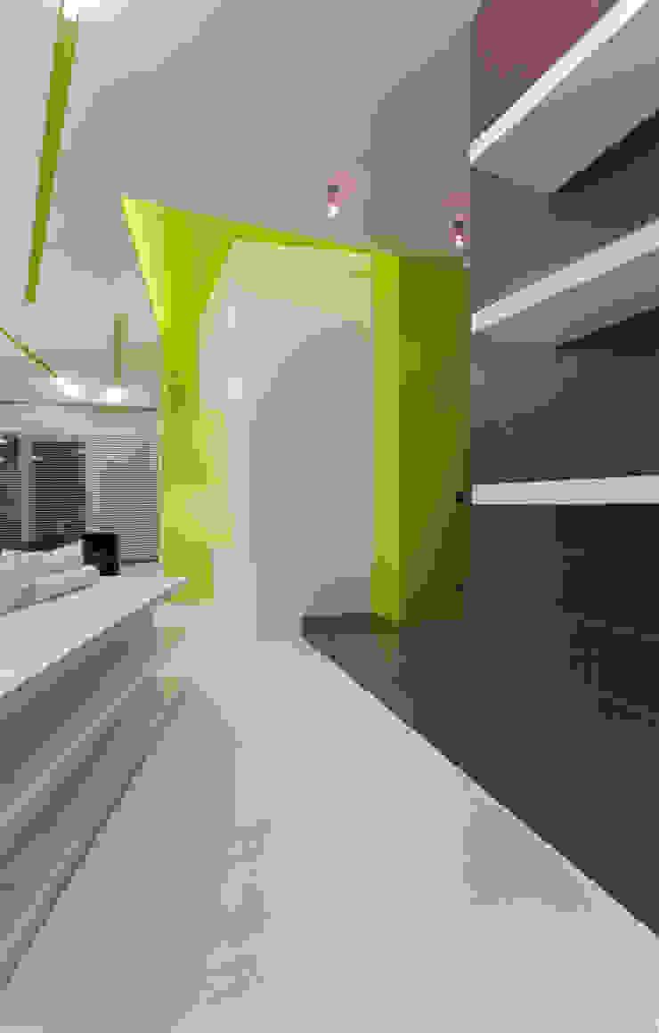 Квартира в Юрмале Гостиная в стиле минимализм от ARTRADAR ARCHITECTS Минимализм