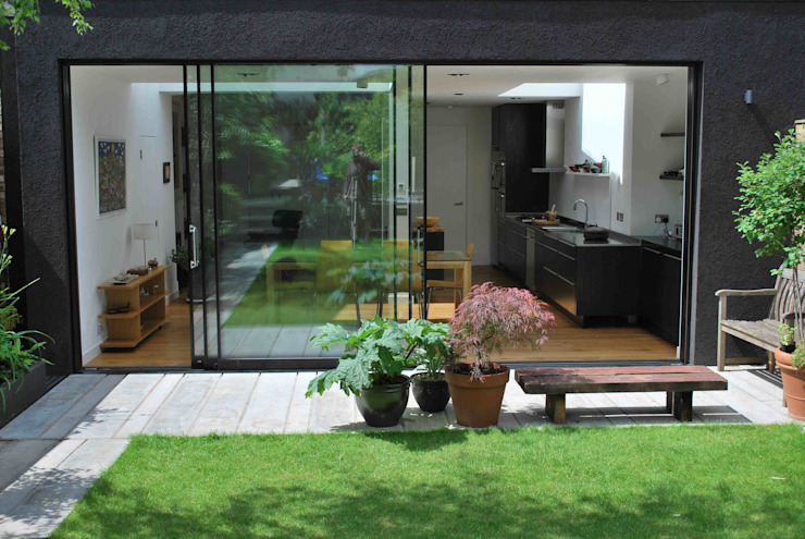 Suburban House Extension North London Modern windows & doors by Caseyfierro Architects Modern