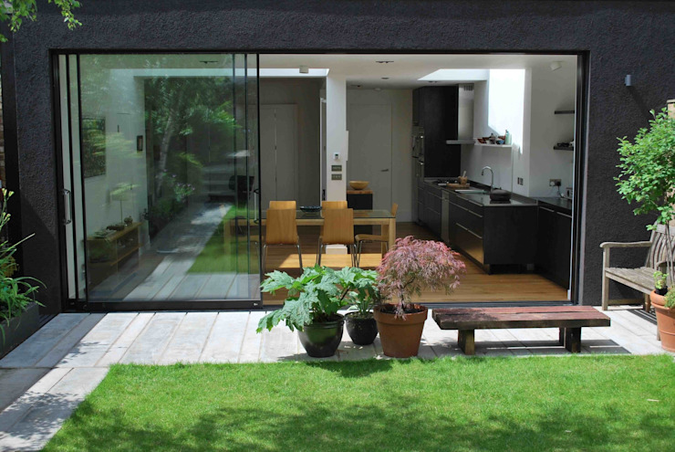 Suburban House Extension North London Modern houses by Caseyfierro Architects Modern