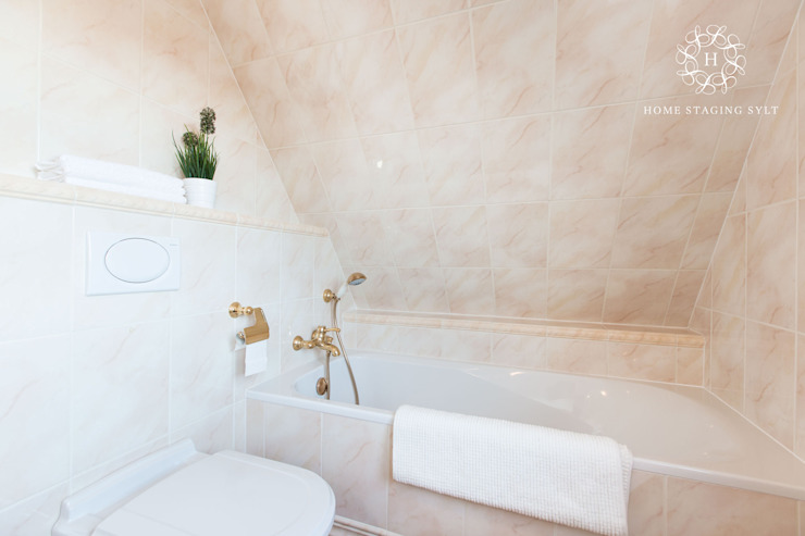 Bathroom by Home Staging Sylt GmbH