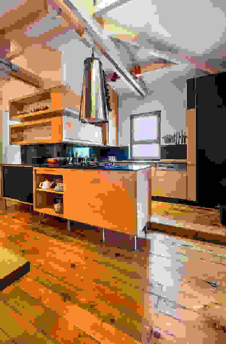 Gabriel Apartment Kitchen Modern Mutfak Atelye 70 Planners & Architects Modern