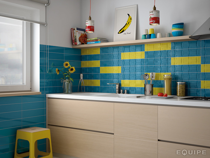 Matisse Blue Loyal / deco CUBE Blue Loyal, Yellow homify Cocinas de estilo moderno
