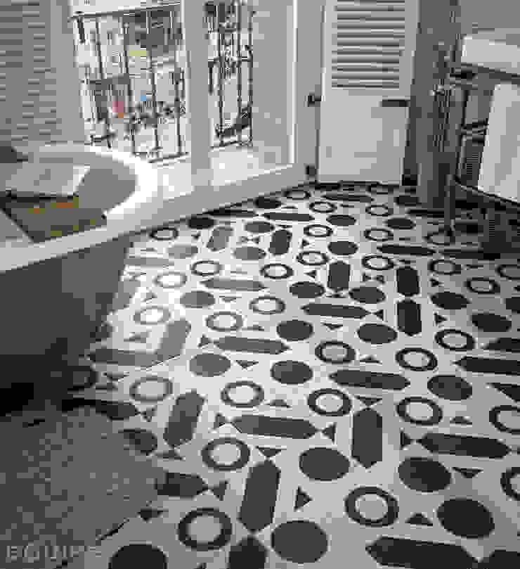 Equipe Ceramicas Eclectic style bathroom