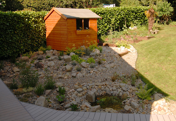 Alpine water feature Rustic style garden by Robert Hughes Garden Design Rustic