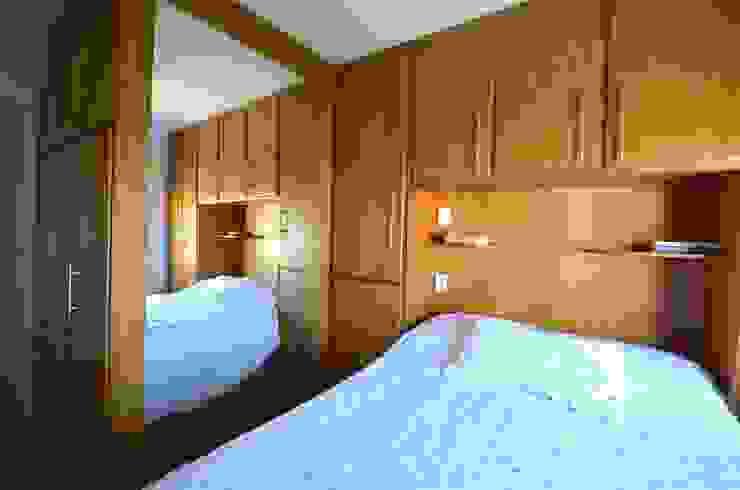 Dormitório do casal Quartos minimalistas por Natali de Mello - Arquitetura e Arte Minimalista