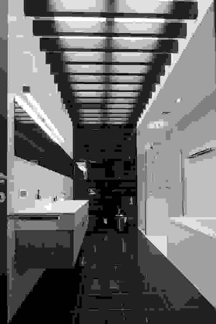 Клубный дом в Борисоглебском переулке 240 м2 Ванная комната в стиле минимализм от Gallery 63 Минимализм