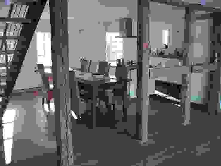 Essbereich und Küche von Stockwerk Orange