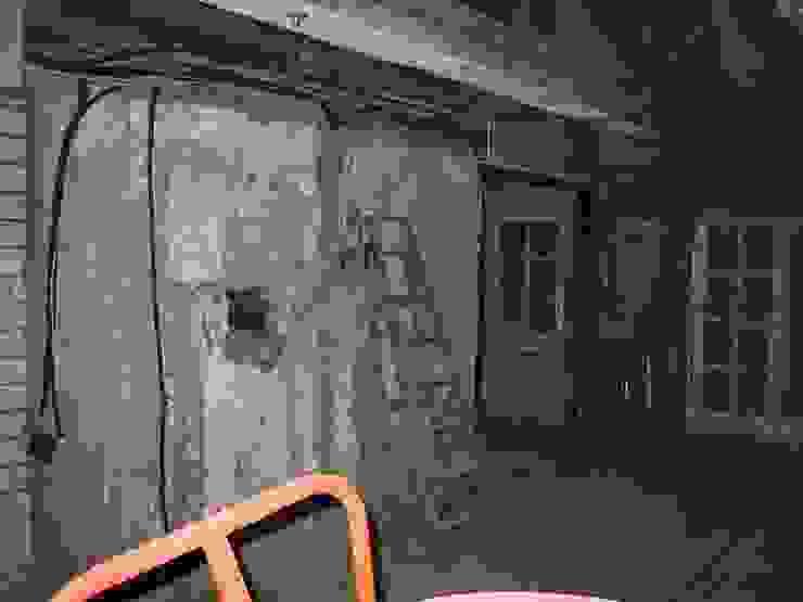 Kaminwand vorher von Stockwerk Orange