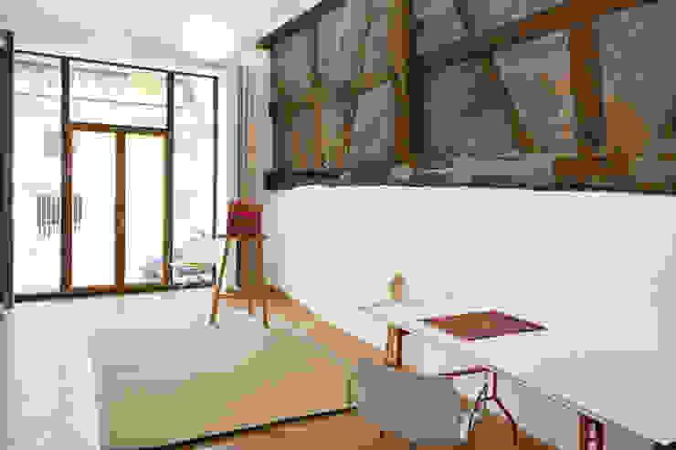 Moderne studeerkamer van w3-architekten Gerhard Lallinger Modern