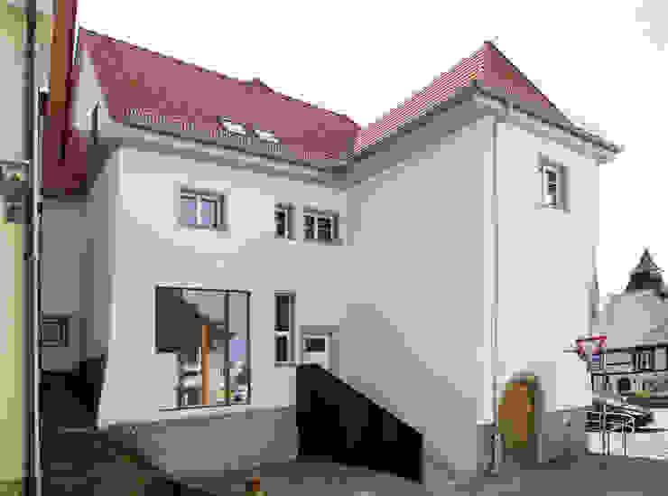 Klassieke huizen van w3-architekten Gerhard Lallinger Klassiek