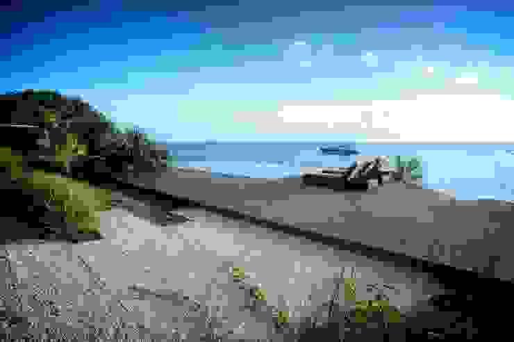 Terraza o alberca con Vista al Mar Caribe Balcones y terrazas de estilo moderno de sanzpont Moderno