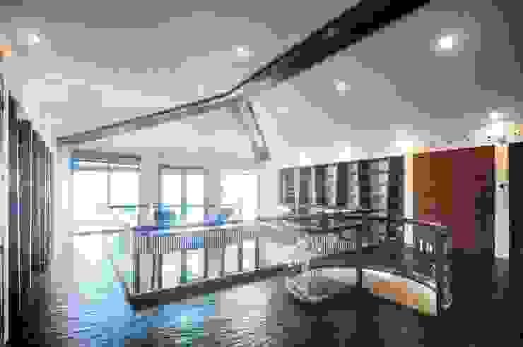 sanzpont Modern Living Room