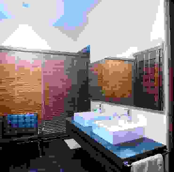 sanzpont Modern Bathroom