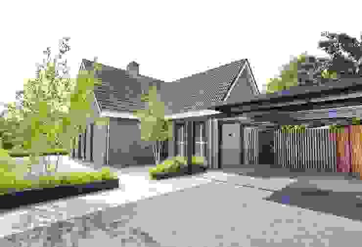 Moderner Garten von Hendriks Hoveniers Modern