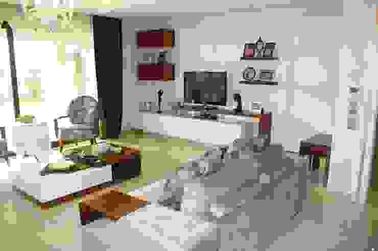 AYAYAPITASARIM Living roomTV stands & cabinets