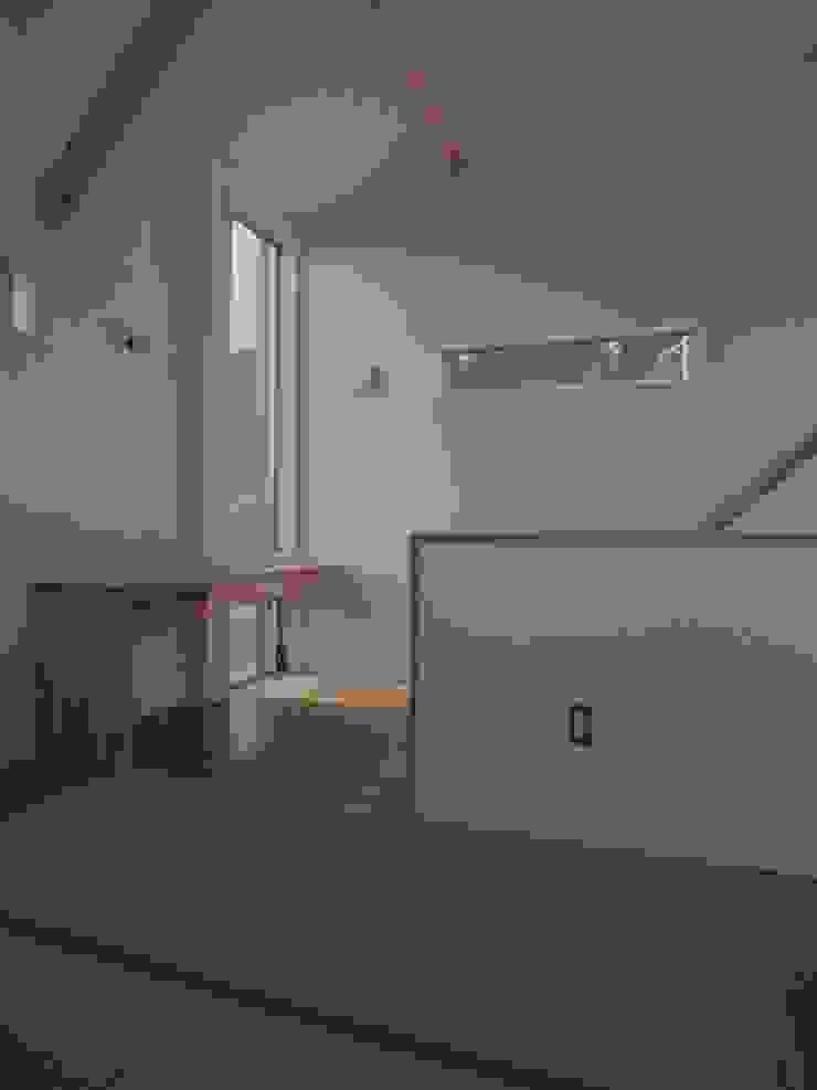 八幡の家Ⅱ オリジナルデザインの リビング の 萩野建築設計 オリジナル