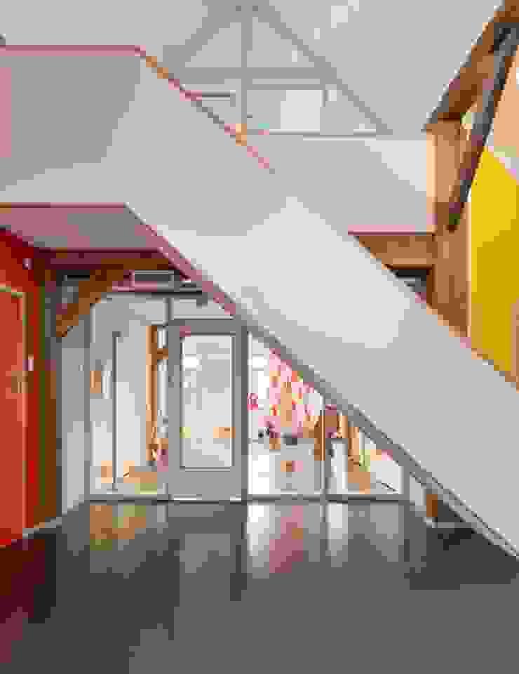Renovatie boerderij Moderne scholen van Peter van Aarsen Architect Modern