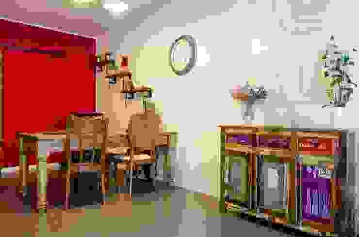 Il mio laboratorio di Architettura TOMatHOME - Evenio Sas di Tomat Erica & C. Negozi & Locali commerciali in stile industrial