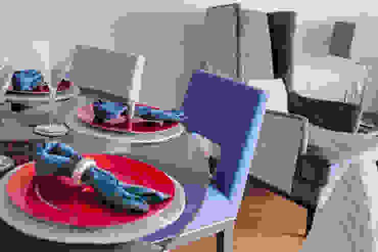 Coordinated dining: modern  by Design by Deborah Ltd, Modern