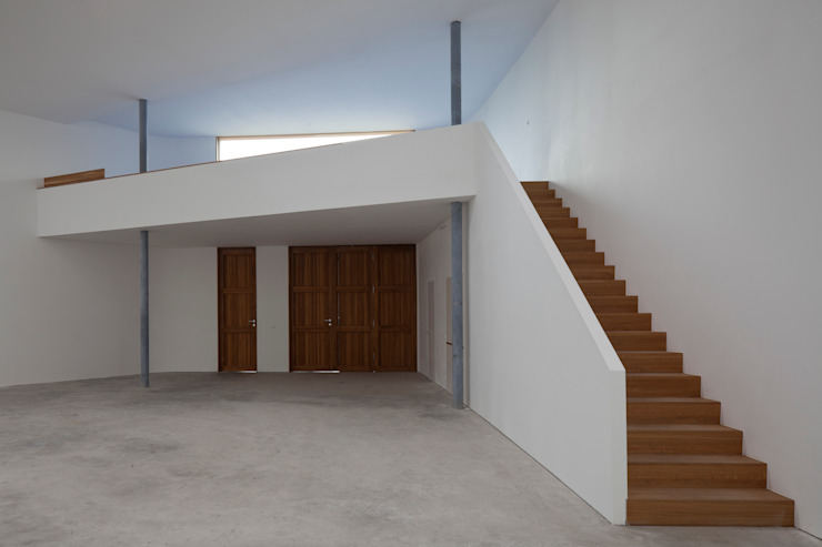 Eingang und Empore Minimalistische Museen von quartier vier Architekten Landschaftsarchitekten Minimalistisch