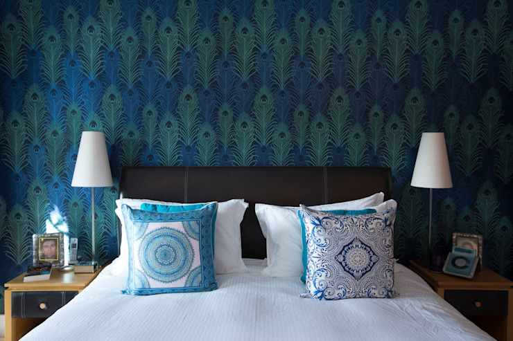 Peacock Wallpaper Feature Wall in White Bedroom by Design by Deborah Ltd Сучасний