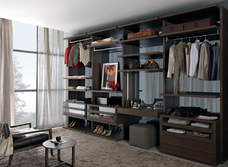 Walk-in-wardrobe: minimalist  by Lamco Design LTD, Minimalist