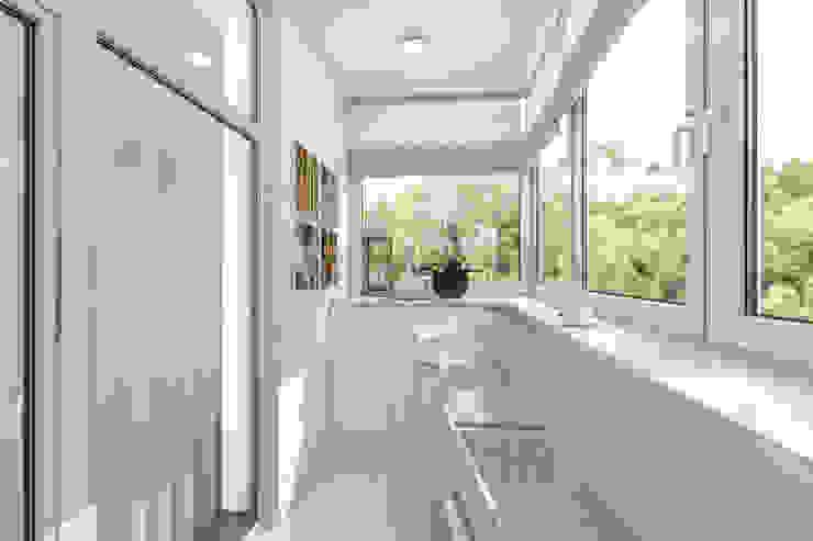 уютный балкончик от pashchak design Классический