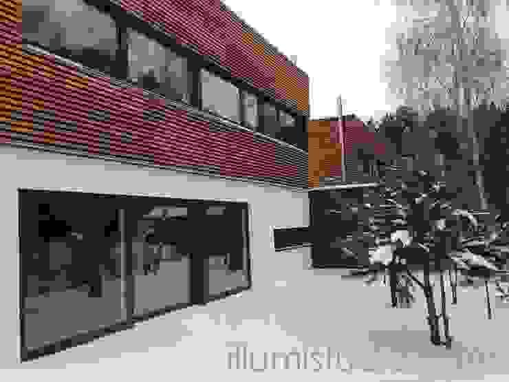 DOMY W ZABUDOWIE BLIŹNIACZEJ Skandynawskie domy od ILLUMISTUDIO Skandynawski