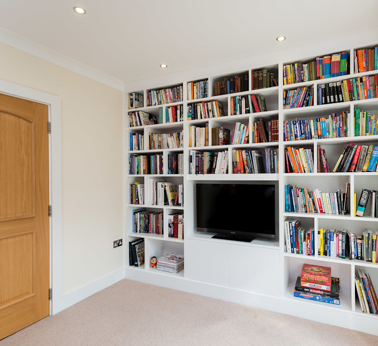 Fitted Media Unit Modern media room by Acastrian Bespoke Fitted Furniture Modern