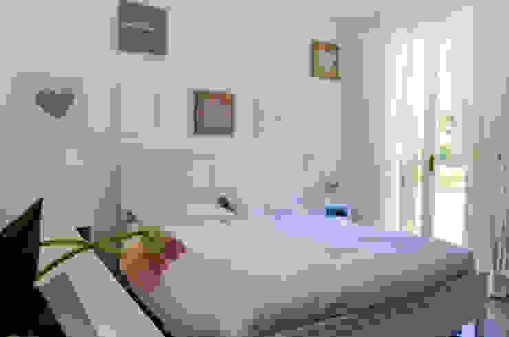 Casa RC Camera da letto moderna di Sandro Rai Moderno